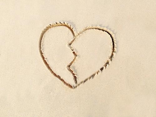 遠距離恋愛で別れる理由