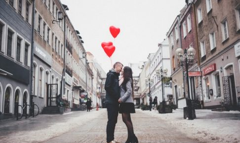 チョコをあげないカップルのバレンタインの過ごし方
